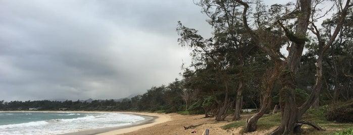 Malaekahana Beach is one of Tempat yang Disukai Sam.
