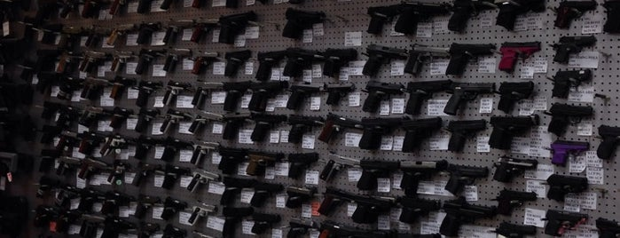 Fort Thompson Sporting Goods is one of Little Rock Gun Shops.