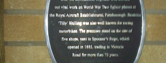 The Tilly Shilling (Wetherspoon) is one of Lieux qui ont plu à Alina.