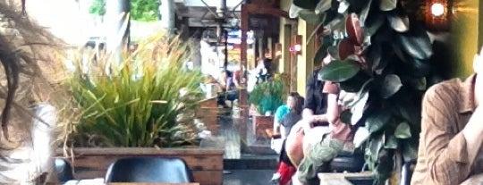 Pelican Restaurant is one of Orte, die Michael gefallen.