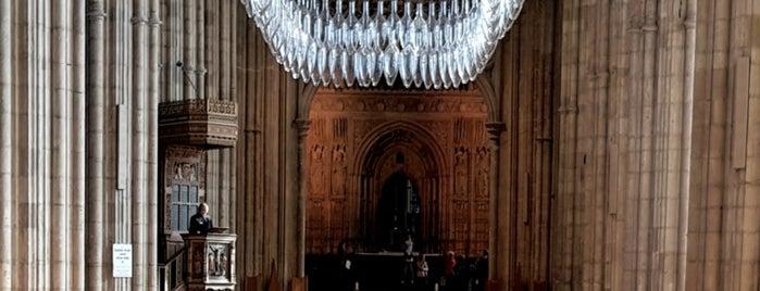 St Thomas Becket Shrine is one of สถานที่ที่ Kenneth ถูกใจ.