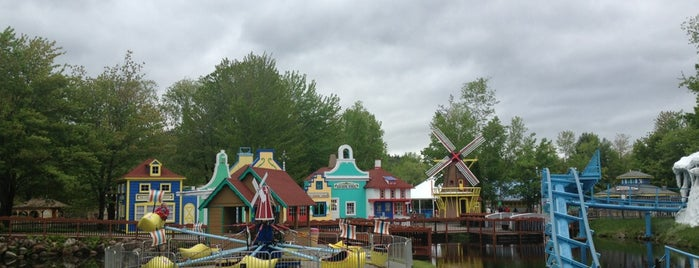 Story Land is one of NH.
