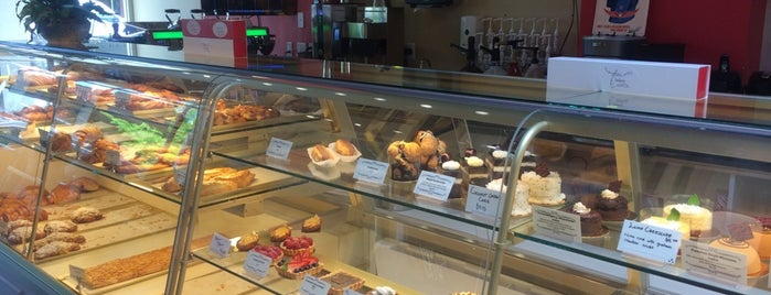 Aura Bakery & Coffee Bar is one of Redmond.