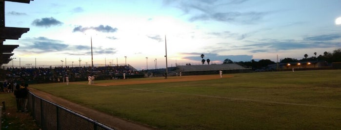Harlingen Field is one of Independent League Stadiums.