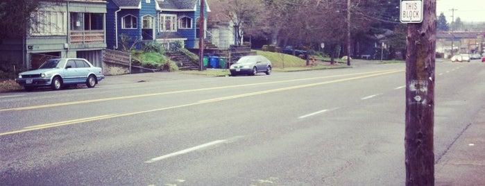North Tabor Neighborhood is one of Neighborhoods of Portland.