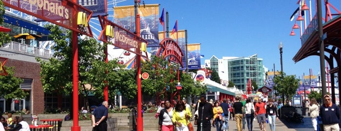 Navy Pier Festival Hall A is one of Brandonさんのお気に入りスポット.