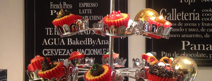 Baked By Ana is one of Bogotá.