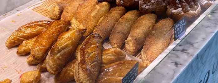 Le Boulanger de la Tour is one of 🇫🇷French👩🏻🍳.