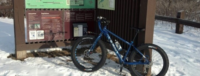 MN Valley Wildlife Refuge, Lyndale Trailhead is one of Alanさんのお気に入りスポット.