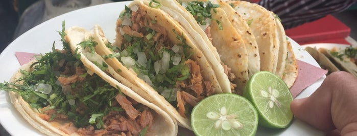 Tacos Y Consomes Del Banorte is one of Gabii 님이 좋아한 장소.