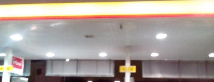 Posto Carrefour (Shell) is one of Luciana'nın Beğendiği Mekanlar.
