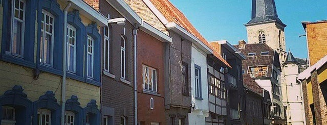 Sint-Truiden is one of Lugares favoritos de Chris.
