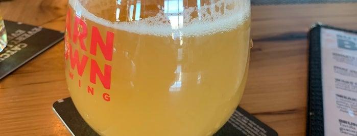 Barn Town Brewing is one of Locais curtidos por Jenn.