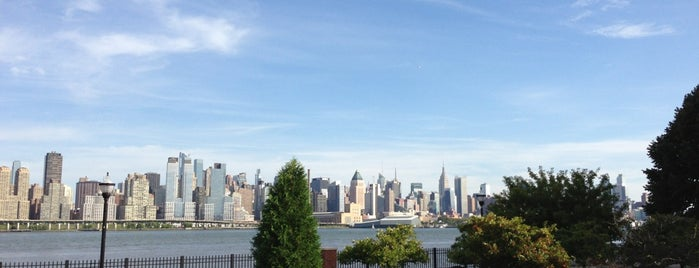 Weehawken Hometown is one of Posti che sono piaciuti a Paco.