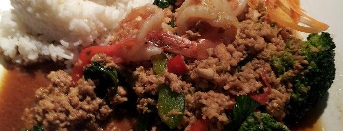 Chow Thai is one of Lieux sauvegardés par Katie.