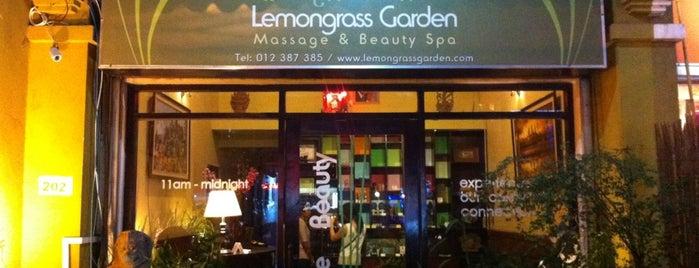 Lemongrass Garden Spa is one of Mary'ın Beğendiği Mekanlar.