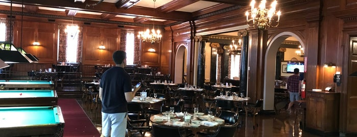 Pendennis Club is one of Louisville.