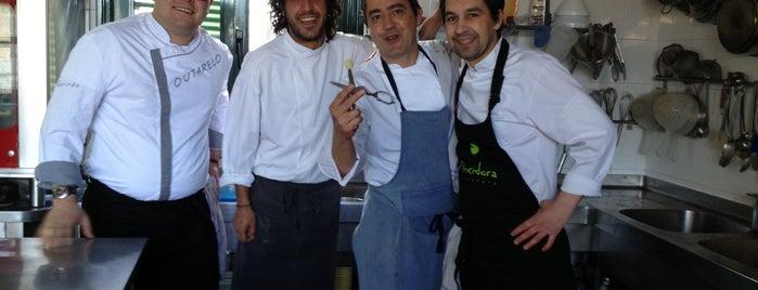 A Rexidora is one of Restaurantes Ourense.
