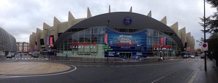 Prinzenparkstadion is one of Paris.