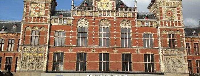Estação Central de Amsterdãm is one of The Netherlands.