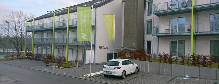 Like Apart Serviced Apartments is one of Locais curtidos por Marc.