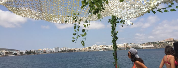 Ibiza Sea Party is one of Tempat yang Disukai Sergio.