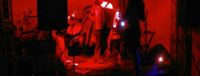 Ateliê Bar is one of Locais curtidos por Seymour.