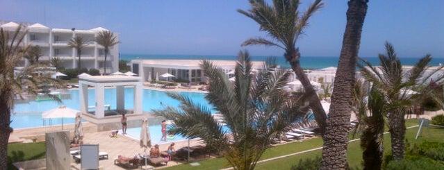 Radisson Blu Palace Resort & Thalasso is one of Posti che sono piaciuti a Rabii.