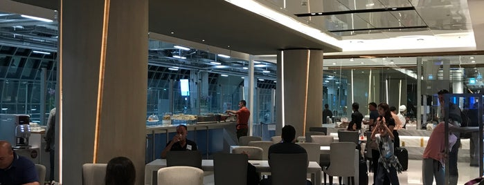 Miracle First Class Lounge is one of Orte, die Thiago gefallen.
