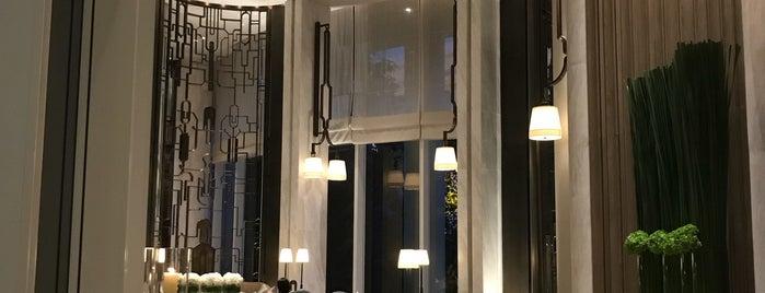 Waldorf Astoria Bangkok is one of Rooftop Bars.