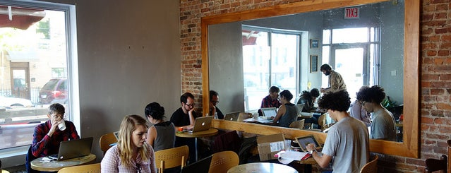 Café Grumpy is one of Work cafes.