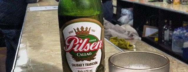 Superba Bar is one of Bares de Lima.