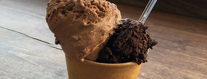 Coletta Gelato is one of Locais curtidos por Natasha.