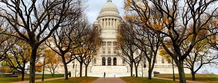 Rhode Island State House is one of Kirill : понравившиеся места.