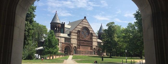 Universidad de Princeton is one of Lugares favoritos de Kirill.