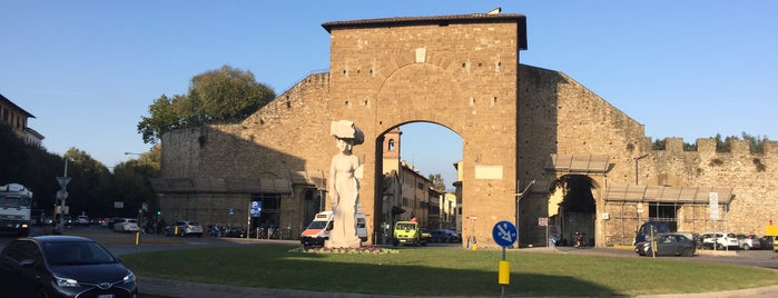 Porta Romana is one of Trips / Tuscany and Lake Garda.