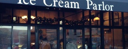 Ice Cream Parlor is one of Sara 님이 좋아한 장소.
