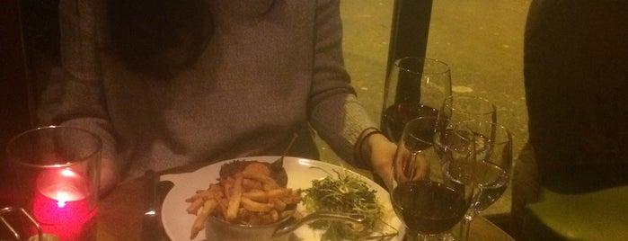 Café Bonne Bière is one of Locais curtidos por Burak.