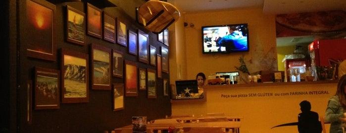 Aloha Pizzaria e Restaurante is one of Gespeicherte Orte von Vanja.