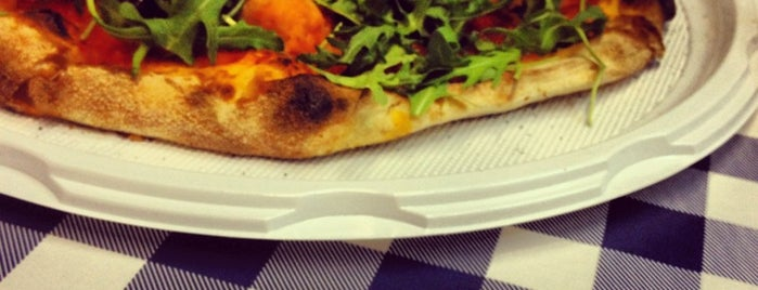 Il Paradiso della Pizza is one of Singerfood'un Beğendiği Mekanlar.