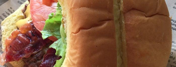Jake's Wayback Burgers is one of Posti salvati di Christopher.