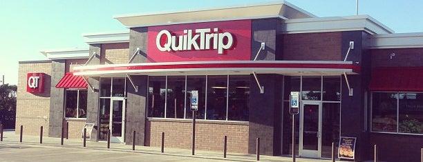 QuikTrip is one of Posti che sono piaciuti a Erica.