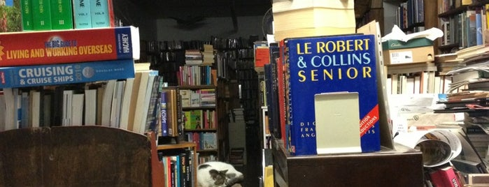 T. Westcott Libraire is one of Bookstores - International.