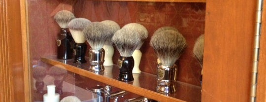 The New York Shaving Company is one of Christmas in NYC.