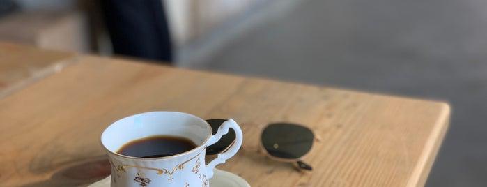 die röstmeister is one of Düsseldorf Best: Coffee & desserts.