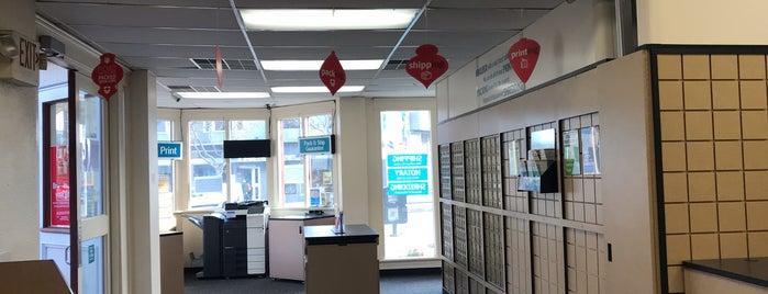 The UPS Store is one of Tom 님이 좋아한 장소.