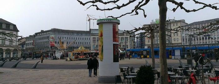 Königsplatz is one of Lugares favoritos de Sara.