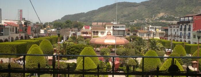 Jardín Central de Xicotepec is one of Posti che sono piaciuti a Zava.