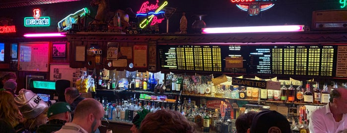 Richard's Bar is one of Chicago Part II.