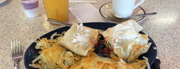 Tally's Good Food Café is one of Route 66 Roadtrip.